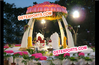 INDIAN WEDDING TRUNCK MANDAP