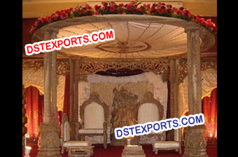 TRADITIONAL WEDDING WOODEN MANDAP
